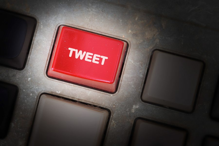 4 Ways to Use Twitter To Supercharge Your Online Credibility
